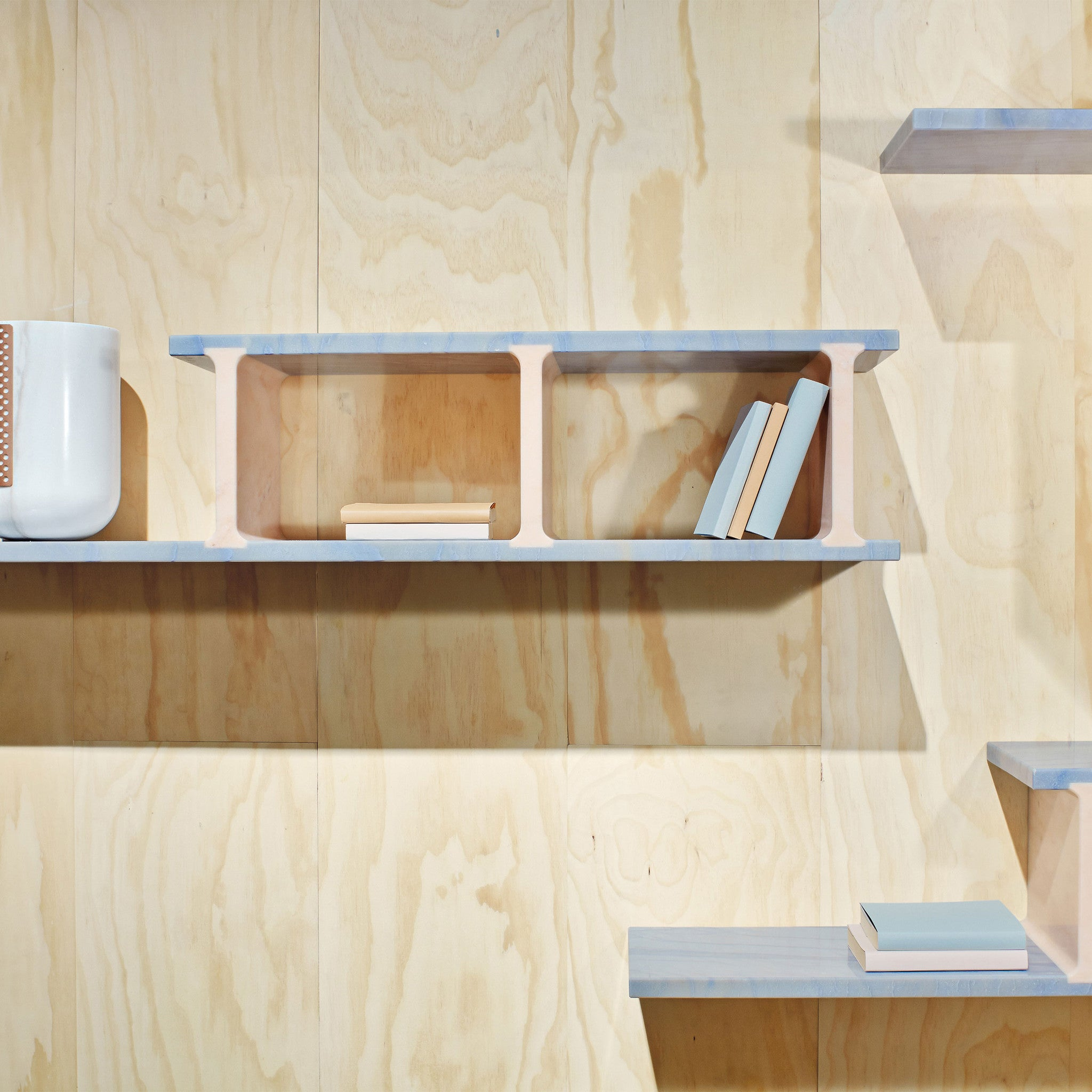 poliform muebles system bookcase pin wall