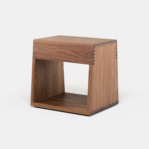 Maia Side Table