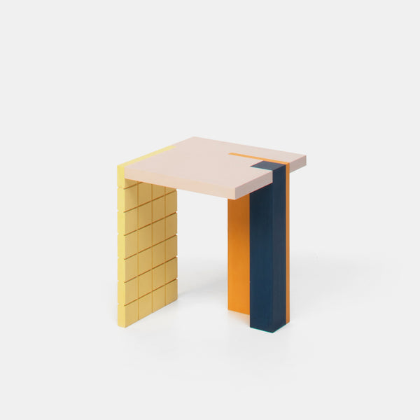 Graphic Table - Lila