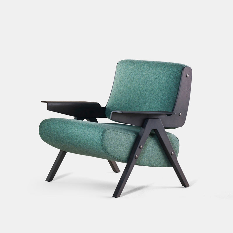 Lina Armchair - Monologue London