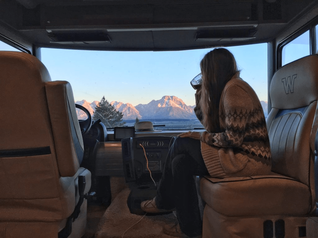 Alyssa showing the inside of her RV lifestyle in an interview with Maca