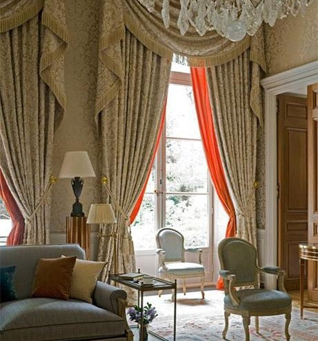 How to Hang Curtains with a Valance