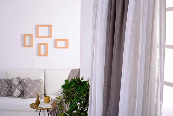Buy Online Bedroom Custom Curtains with Spiffy Spools