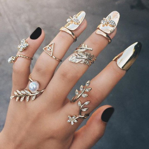 Nail it with Gold Nails Jewelry – Royal Dubai Jewellers