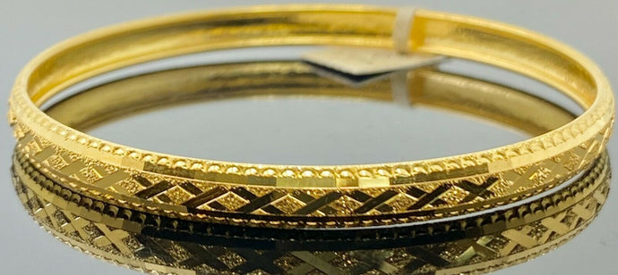 22k Bangle Solid Gold Simple Ladies Cross Cutting X Pattern Design B405