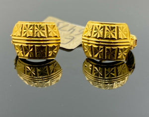 22k Earring Solid Gold Ladies Simple Clip On with Geometric Pattern Design E6475
