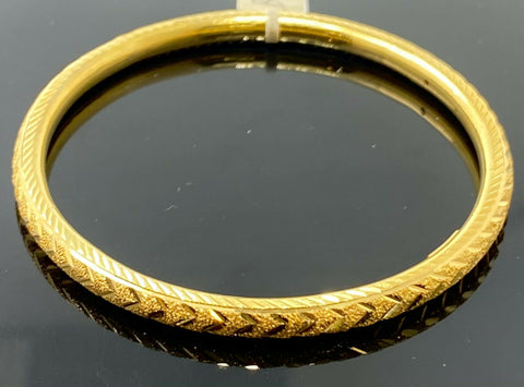 22k Bangle Solid Gold Simple Ladies V Shape Cutting Pattern Design B409