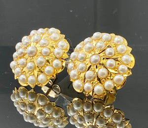 22k Solid Gold Ladies Earrings Floral Round Shape Precious White Stone E6686 - Royal Dubai Jewellers