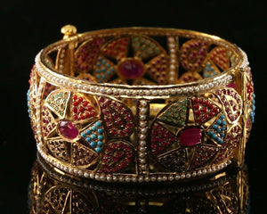 22k Bangle Solid Gold Elegant Classic Floral Multi Stone Design Size 2.25 B1182