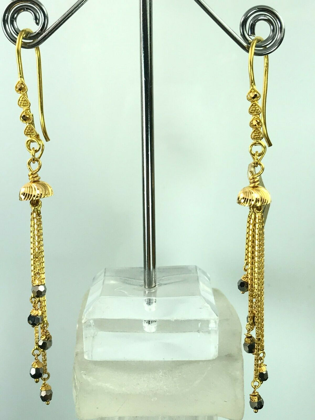 22k Earrings Solid Gold Ladies Classic Dangle and Drop With French Hooks E6634
