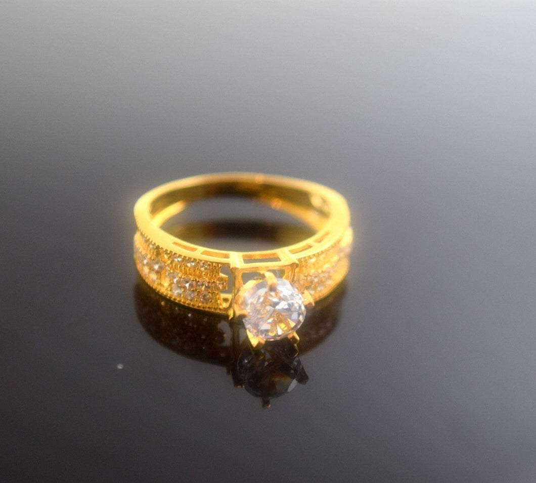 22k 22ct Solid Gold Elegant SOLITIARE STONE Ring size 8.0