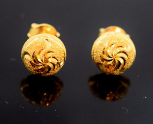 22k 22ct Solid Gold ELEGANT HALF BALL STUD LASER CUT EARRINGS with BOX E2033 - Royal Dubai Jewellers