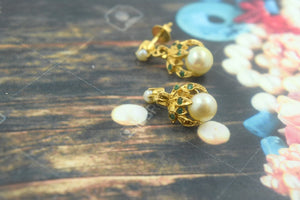 22k 22ct Solid Gold ELEGANT PEARL STONE EARRINGS with free box E580 - Royal Dubai Jewellers