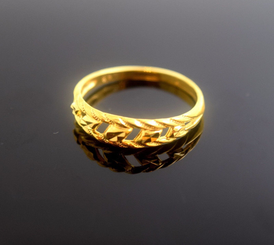22k 22ct Solid Gold Elegant BAND Ring size 7.0