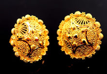 22k 22ct Solid Gold ELEGANT FLOWER Earrings STUD with BOX E1069 - Royal Dubai Jewellers