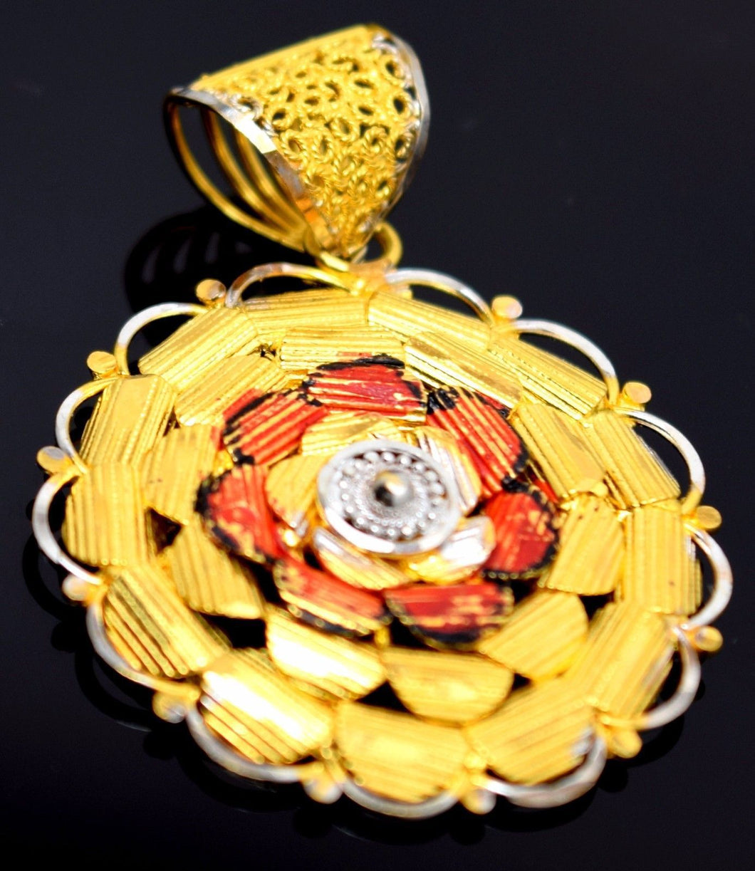 22k 22ct Solid Gold ELEGANT UNIQUE Flower Pendant Locket P49 - Royal Dubai Jewellers