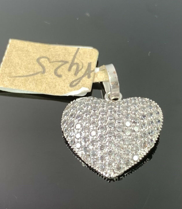 18k Pendant Solid Gold Elegant Simple Heart Shape Stone Encrusted Design P425