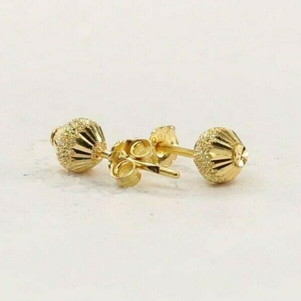 22k 22ct Solid Gold ELEGANT Simple Diamond Cut Stud Earring Design E6244 | Royal Dubai Jewellers