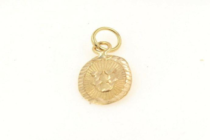 22k 22ct Solid Gold Charm Letter U Pendant Oval Design p1145 ns | Royal Dubai Jewellers