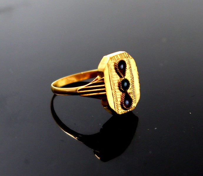 22k 22ct Solid Gold BEAUTIFUL BABY Ring Enamel SIZE 0.9