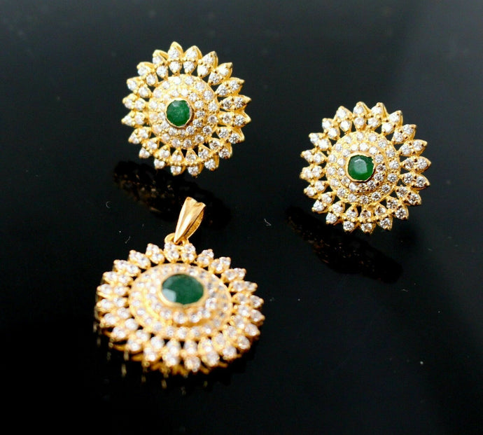 22k22ct BIG ROUND EMERALD GREEN SAPPHIRE ZIRCONIA Pendant SET EARRINGS  P835 | Royal Dubai Jewellers