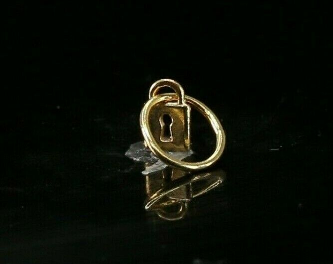22k Pendant Solid Gold ELEGANT Simple Diamond Cut Lock Pendant P4116mon