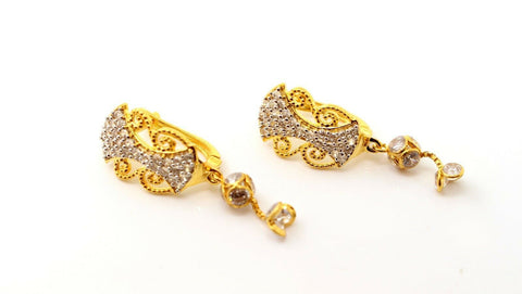 22k Jewelry Solid Gold ELEGANT ZIRCONIA CLUSTERED CLIP ON  earrings studs e5480 | Royal Dubai Jewellers