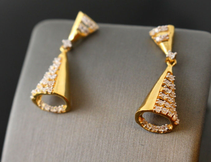 22k 22ct Solid Gold elegant unique zerconia cluster hanging earrings studs e5457 | Royal Dubai Jewellers