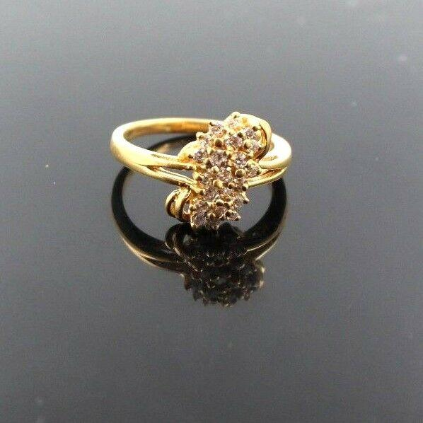 22k 22ct Solid Gold BEAUTIFUL Ladies Ring ZIRCONIA Stone Size8