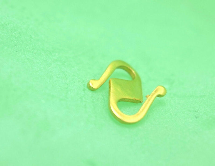 22k 22ct Solid Gold 916 CHAIN S LOCK CLASP FINDINGS Hook Claw Spring yellow S | Royal Dubai Jwellers
