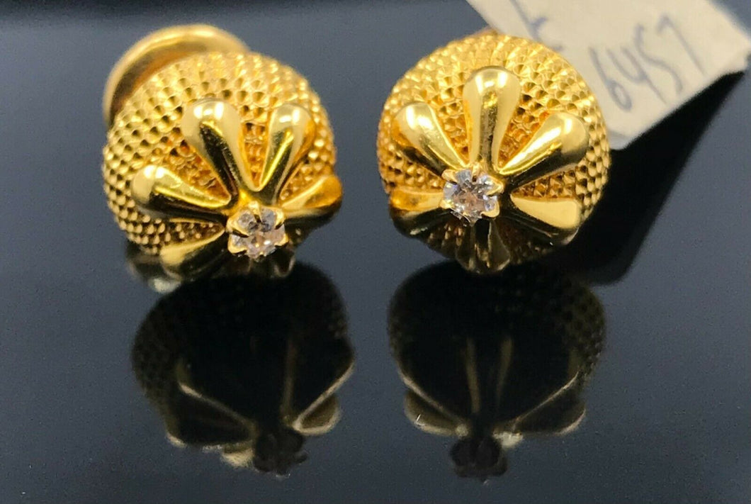 22k Earring Solid Gold Ladies Simple Classic Studs With Geometrics Design E6457 - Royal Dubai Jewellers