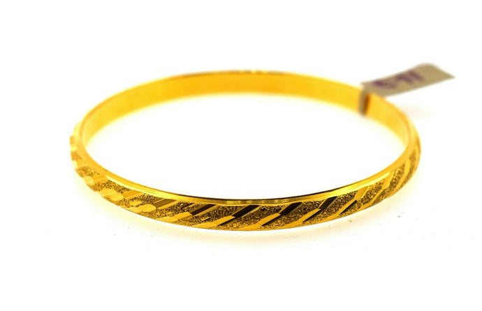 22k Solid Gold Ladies Bangle Simple Modern Cross Cutting Design br64