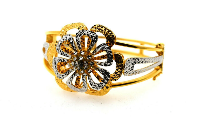 22k Solid Gold Ladies Bangle Lavish Two Tone Floral Design br48z