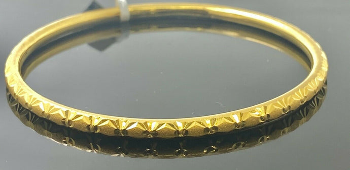 22k Bangle Solid Gold Simple Ladies Diamond Cut Floral Pattern Design B3040