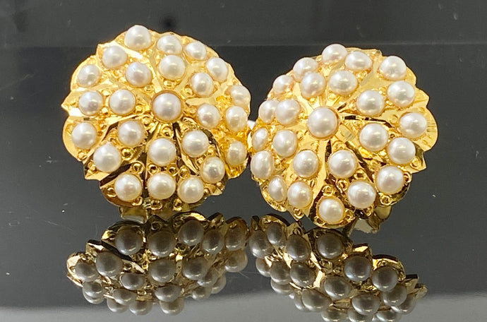 22kSolid Gold Ladies Earrings Floral Round Design White Precious Stone E6684 - Royal Dubai Jewellers