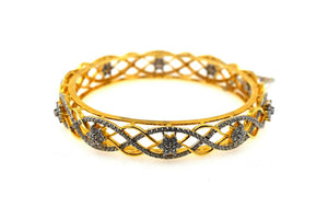 22k Solid Gold Ladies Bangle Modern Geometric Wavy Line with Stones Design br101
