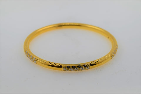 22k Solid Gold Modern Ladies Diamond Cut High Polished Bangle Br165