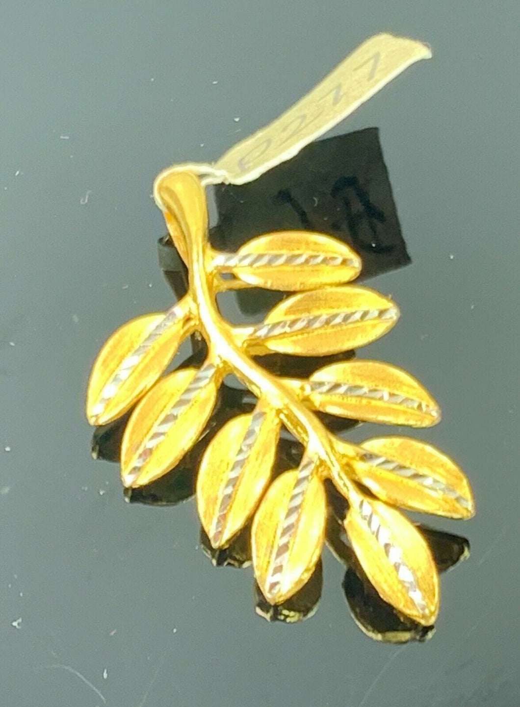 22k Pendant Solid Gold Elegant Simple Tree Leaves Pattern Design P277