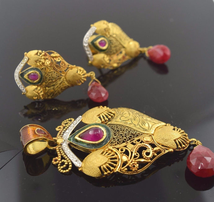 22k Solid Gold ELEGANT Natural Ruby Antique Pendant Set Earrings Enamel S77 | Royal Dubai Jewellers