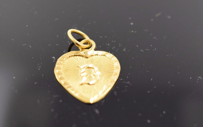22k 22ct Solid Gold D Shape Pendent D letter with unique box alphabet abc mf