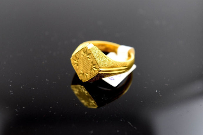 22k Solid Gold ELEGANT Ring BAND Crown Design