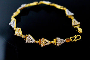22k Gold DESIGNER ZIRCON TRIANGULAR ITALIAN LADIES GIRLS BRACELET B880 | Royal Dubai Jewellers