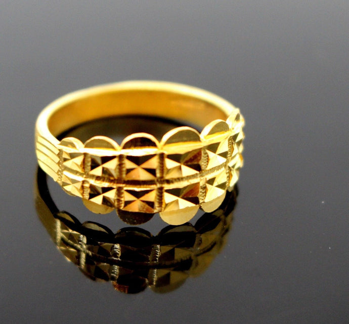 22k Solid Gold DESIGNER DIAMOND CUT LADIES RING SIZE 7.75