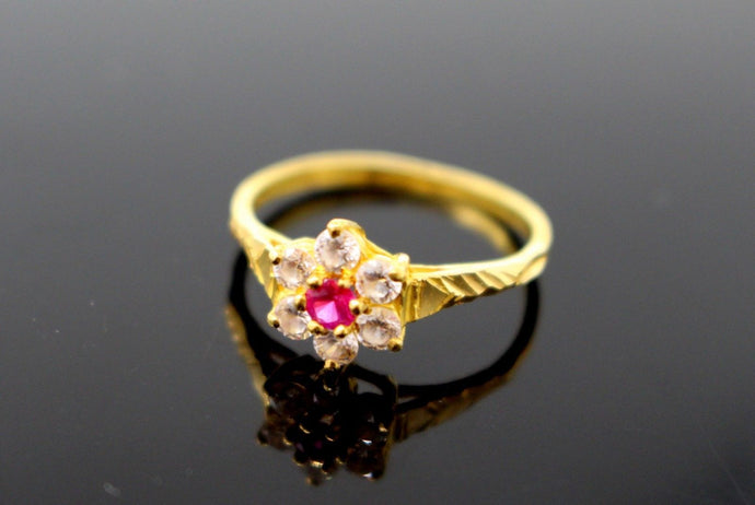 22k Solid Gold ELEGANT RUBY FLOWER STYLE LADIES RING SIZE 6.5