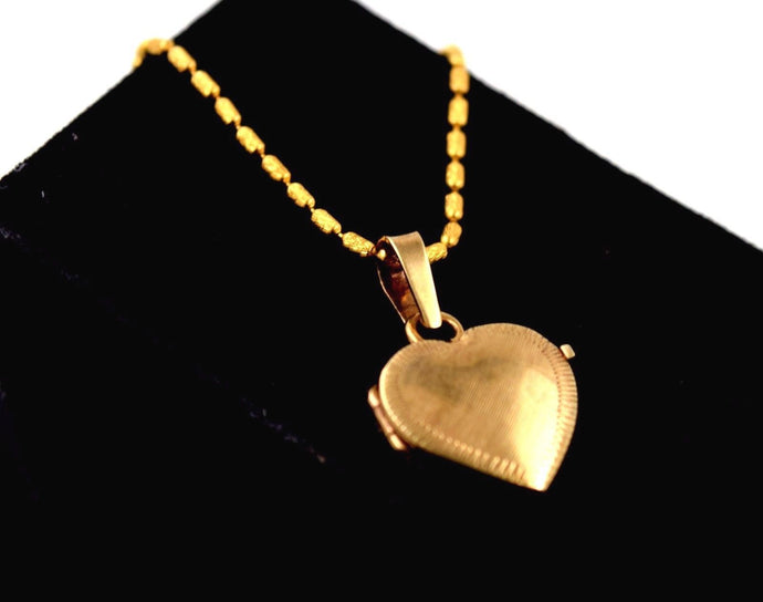 10k 10ct Gold ELEGANT HEART SHAPE OPEN N CLOSE PENDANT p593 | Royal Dubai Jewellers