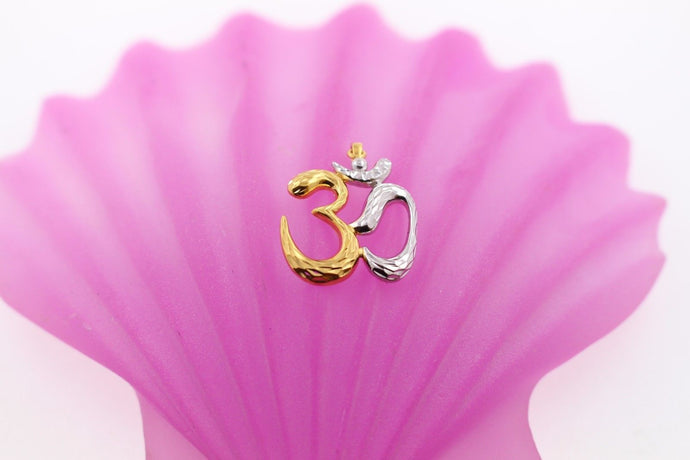 22k 22ct Solid Gold Hindu Religious OM AUM OHM Pendant Charm p710