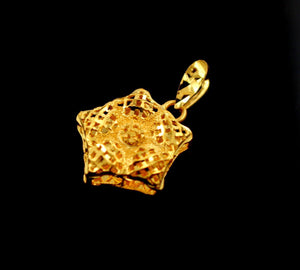 22k 22ct Solid Gold BEAUTIFUL 3D STAR SHAPE Hollow Classic Pendant Locket p853