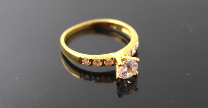 22k 22ct Solid Gold Elegant Ladies Ring Stone Design Size 5.5