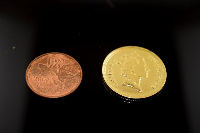 22K Yellow Solid Gold Coin Queen Elizabeth the 2nd Glossy Finish mf