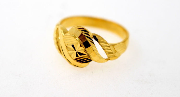 22k Solid Gold DESIGNER DIAMOND CUT LADIES RING SIZE 7.25